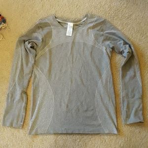 Gapfit Workout Tech Top New Without Tags XL